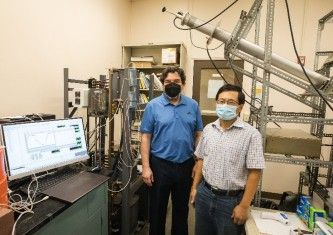 Carlos Romero and Zheng Yao of the ERC