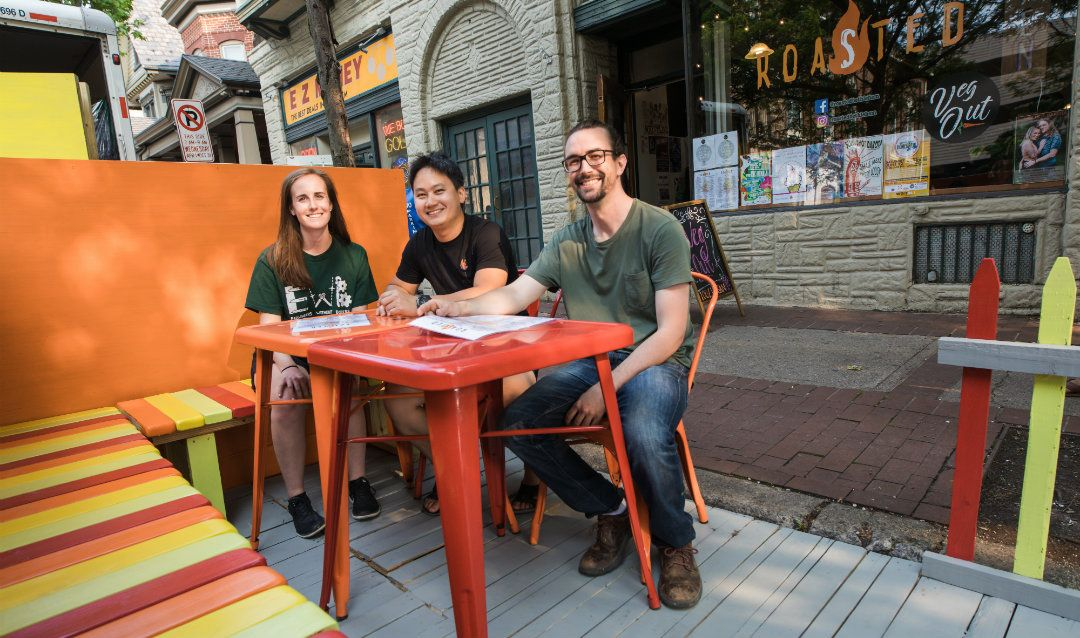 A new parklet goes up in front of Roasted