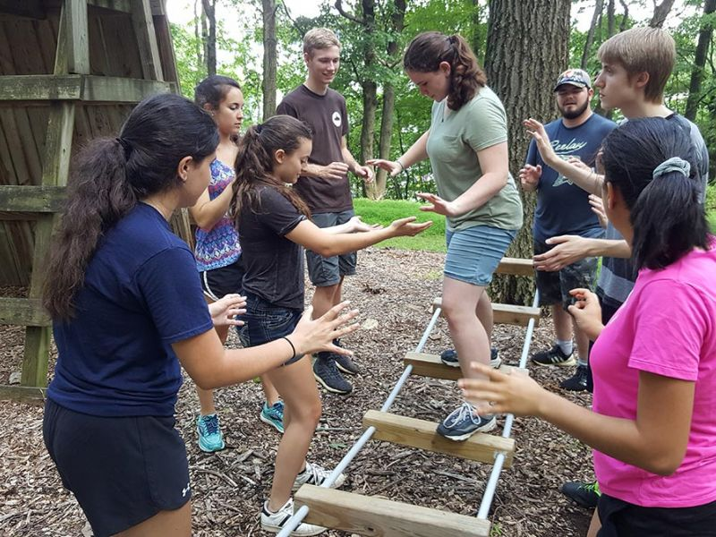 SEI students team-building activity